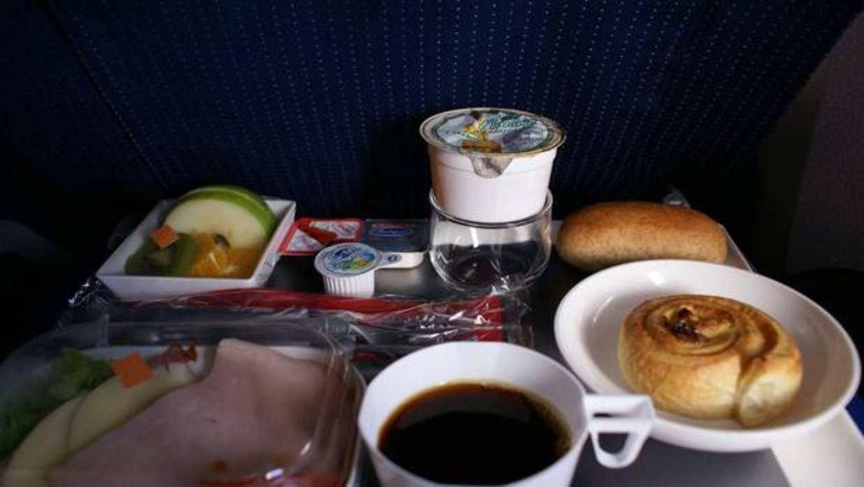 Ce qu'il faut manger et ne faut pas manger avant de prendre l'avion