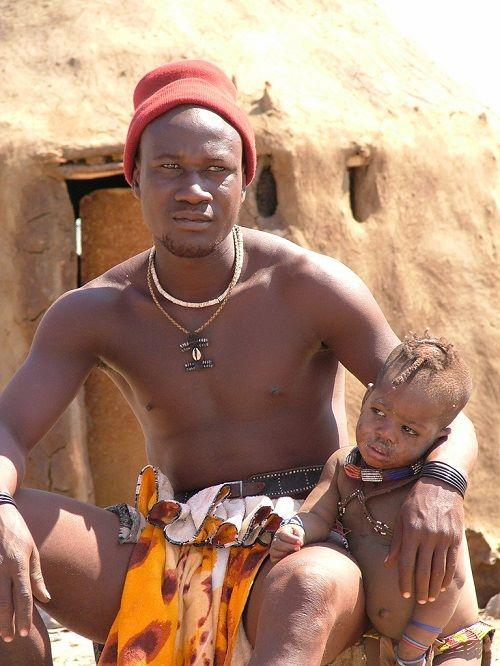 Namibie : ce qu'il faut savoir sur ses coutumes et son patrimoine artistique