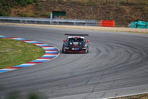 Conduire une Porsche sur circuit ? C'est possible !