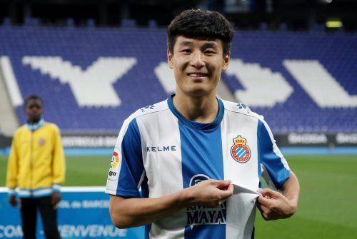 Wu Lei, la nouvelle idole chinoise du football fait exploser la vente de tee-shirts de l'Espanyol de Barcelone